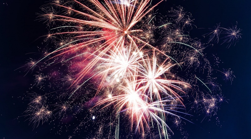 Raunds Town Council Agree to £1800 Contribution to Cricket Club Fireworks